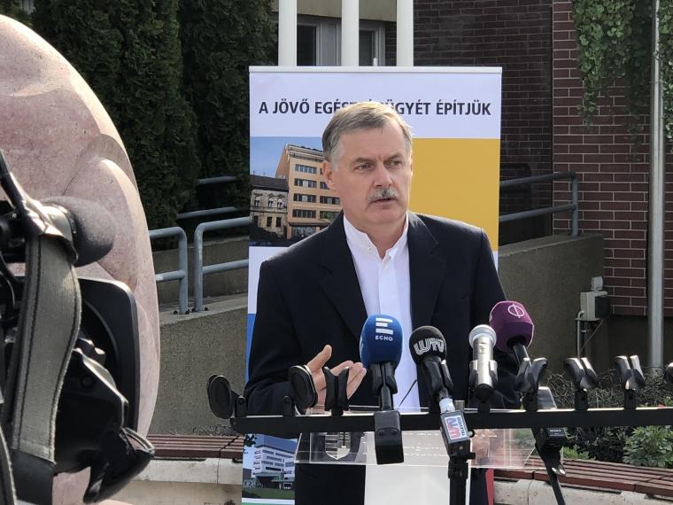 EBP: Ismét miniszteri biztos lett Cserháti Péter