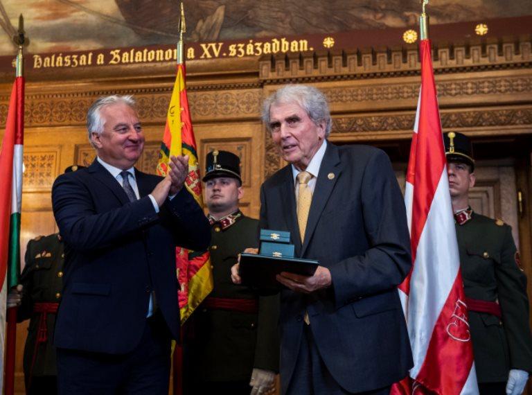 Újabb kitüntetések a nemzeti ünnepen