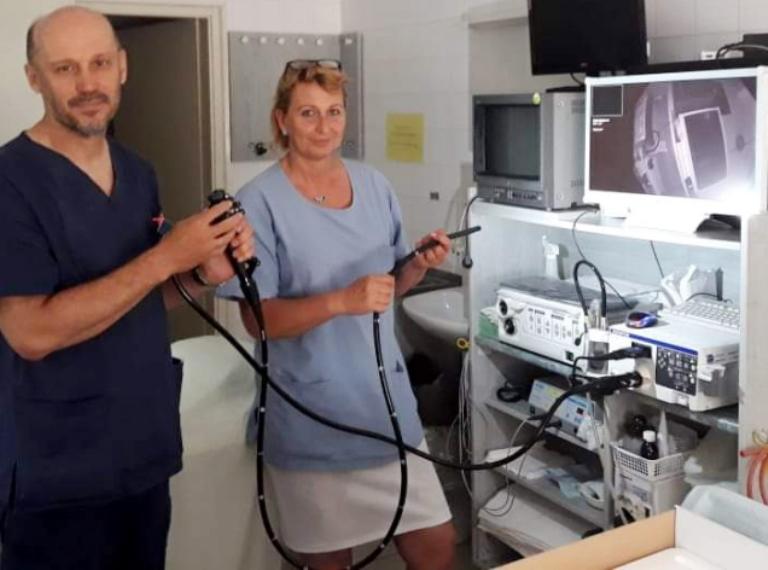 Megérkezett az új kolonoszkóp a komáromi kórházba